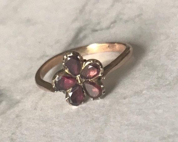 Victorian Garnet Flower Gold Ring