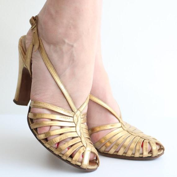 Vintage 1930's Gold heels original 1930's gold sa… - image 1