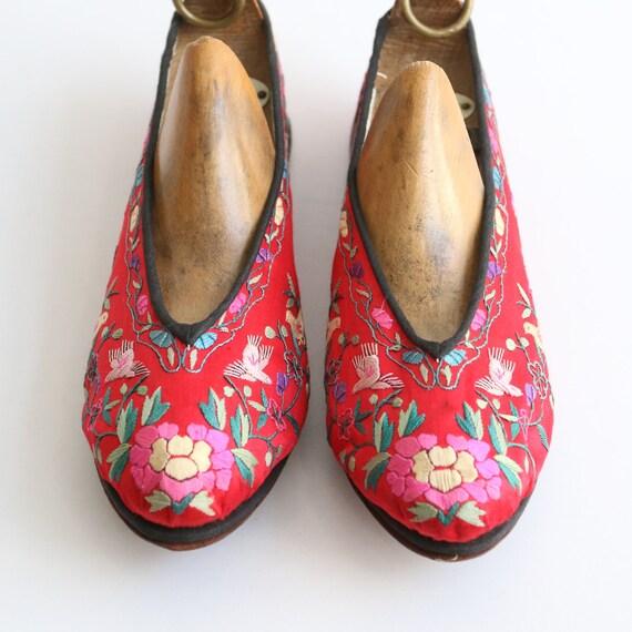 Vintage 1930's slippers vintage 1930's silk embro… - image 9