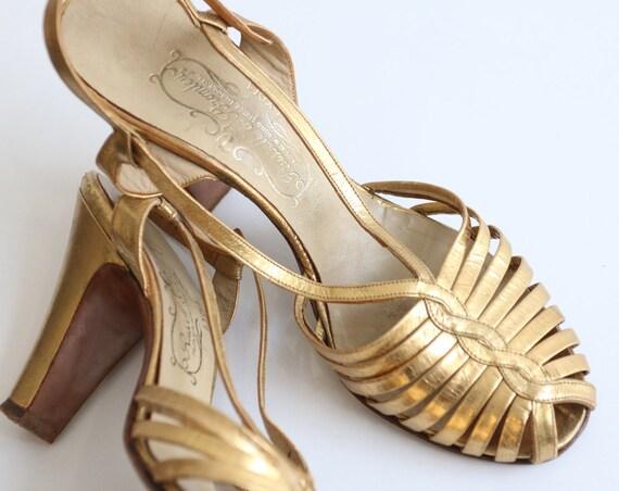 Vintage 1930's Gold heels original 1930's gold sa… - image 2