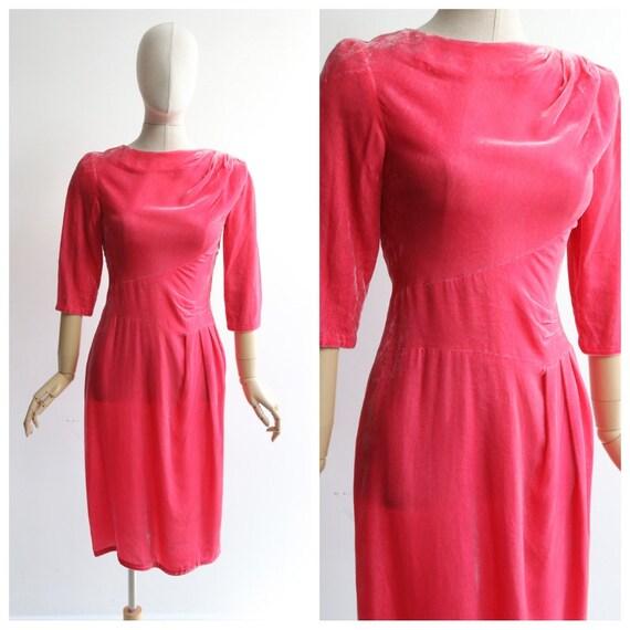 Vintage 1950's dress vintage 1950's velvet wiggle