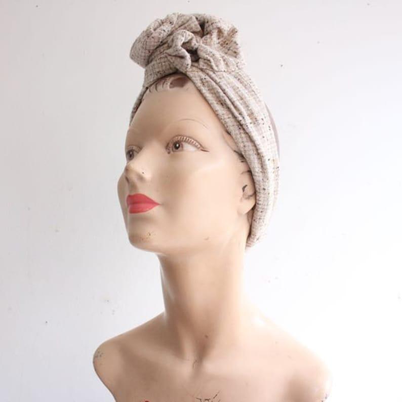 Vintage Turban 1940er Jahre Frisur 1940 Stil Turban Jahrgang Wiederbelebung Tweed Holz Goodwood Wiederbelebung Friseur Haar Turban Dreissiger