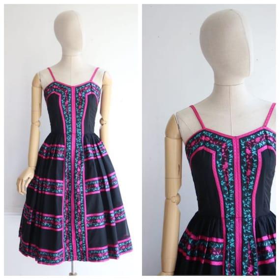 Vintage 1950's dress 1950's novelty dress 1950's f