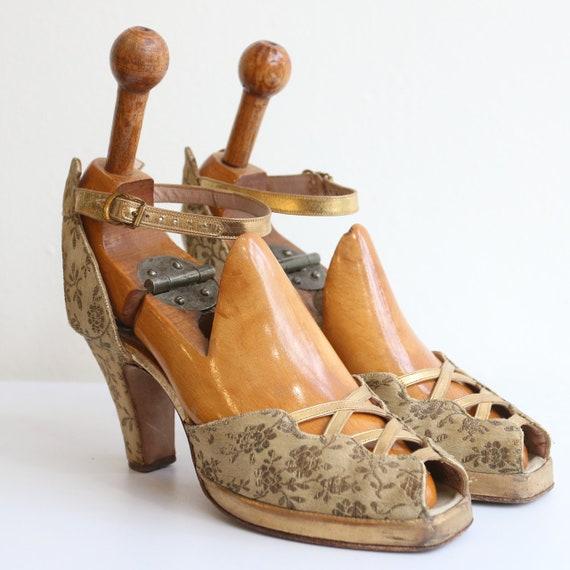 Vintage 1940's shoes vintage 1940's platform shoes