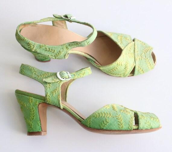 Vintage 1940's sandals vintage 1940's embroidered