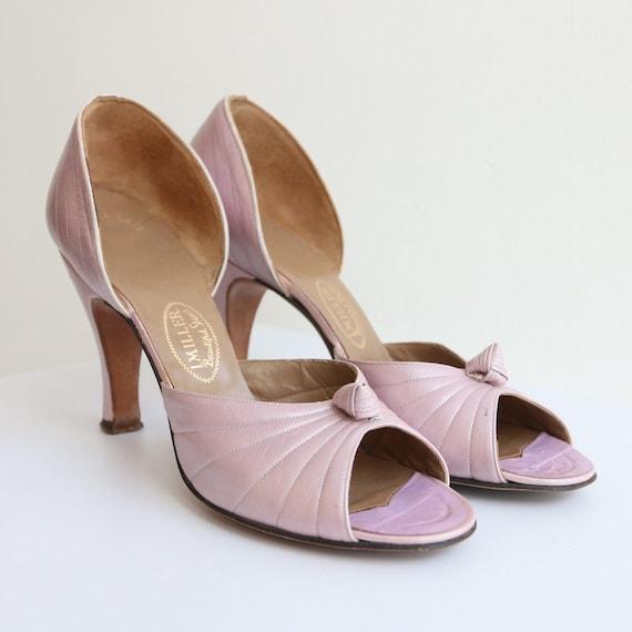 Vintage 1940's Lilac Leather Peep toe heels vintag