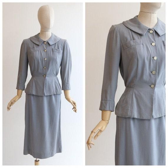 Vintage 1940's sit vintage 1940's grey suit 1940's