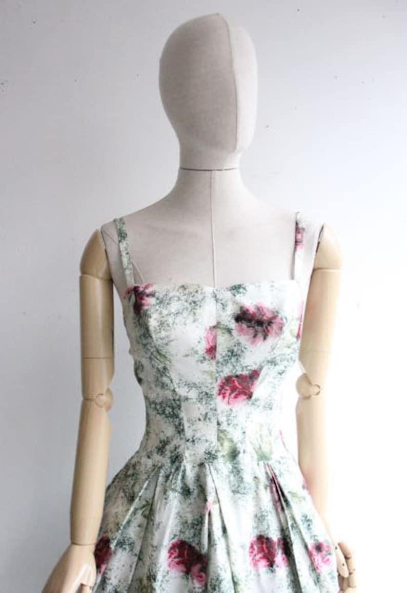 Vintage 1950/'s dress original 1950/'s swing dress circle dress fitted green floral 1950/'s revival midcentury dress jive dress dress UK 4-6