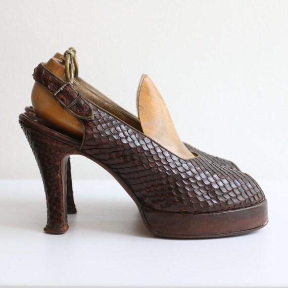 Vintage 1940's platform heels vintage 1940's slin… - image 3