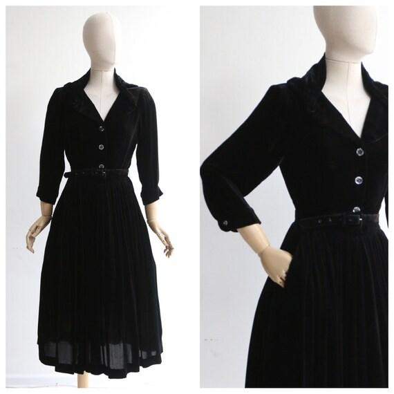 Vintage 1950's dress vintage 1950's black velvet d