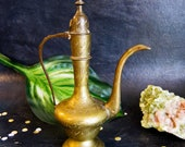 Brass Middle Eastern Ornamental Etched Tea Coffee Pot Turkish Arabic Dallah