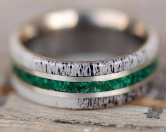 Men's Wedding/Engagement Ring: Natural Shed Elk Antler and Green Malachite Stone Inlays. Outdoor staghead staghound ring designs