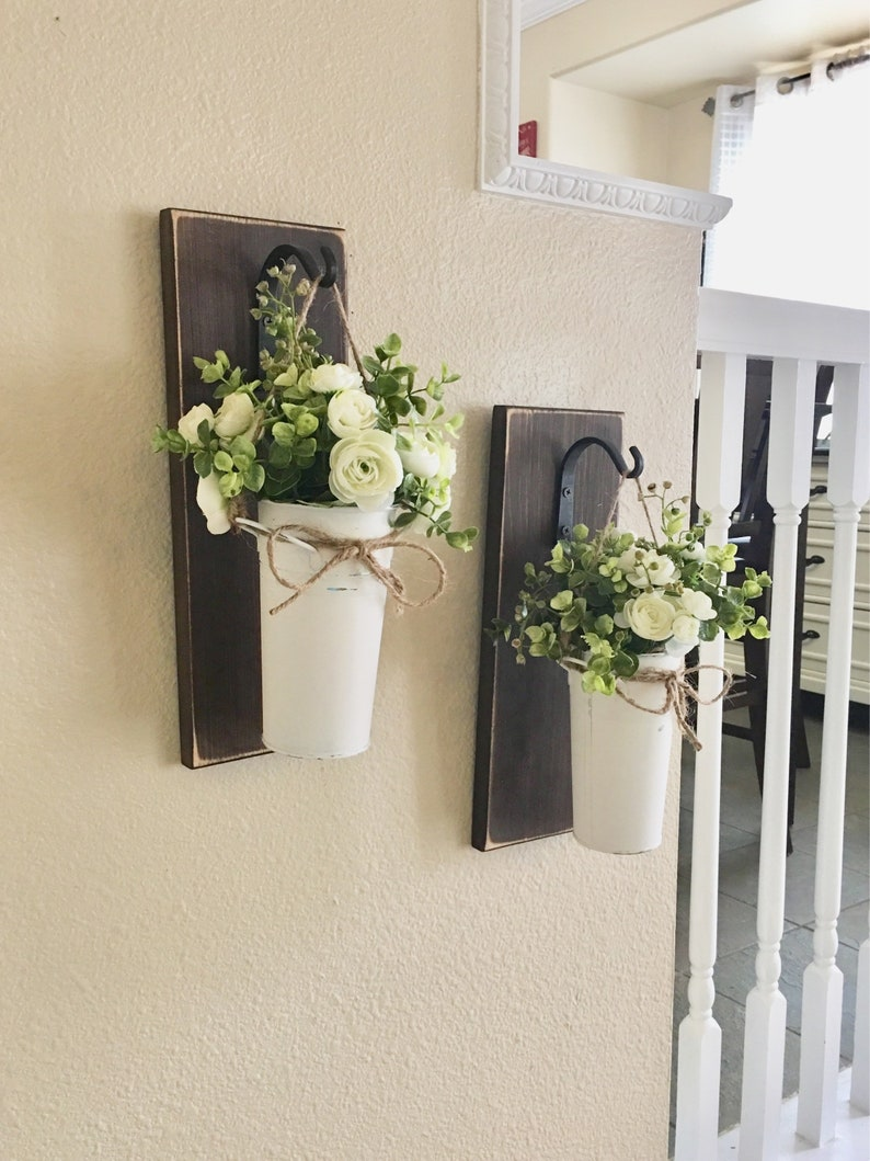 Farmhouse Living Room Decor Hanging Planter With Greenery Or Flowers Rustic Wall Decor Sconce With Flowers Country Wall Decor Farmhouse
