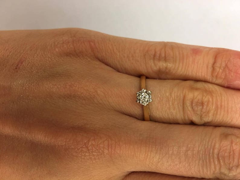 Vintage 18ct Yellow Gold Solitaire Diamond Engagement Ring Size M