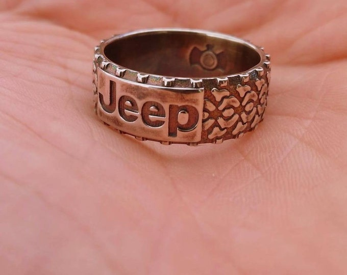 Custom Jeep Ring with Tread for your Off Road Adventures!
