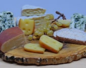 Cutting board of cheeses 1:12 scale for dollhouse