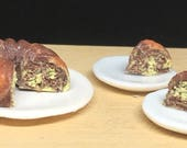 "Marbled chocolate ""Ciambellone"" (donut cake) 1:12 scale handmade in polymer clay for dollhouse"