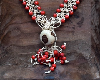 "Long ethnic seeds necklace, handmade by Brazilian Indigenous of the ""fulni ô"" tribe, with macrame, wonderful boho style and organic jewelry"