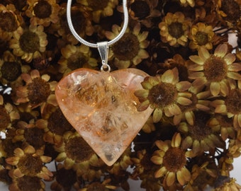 Citrine Stone heart, pendant, Brazilian citrine jewelry, semi precious jewelry, Healing stone Pendant