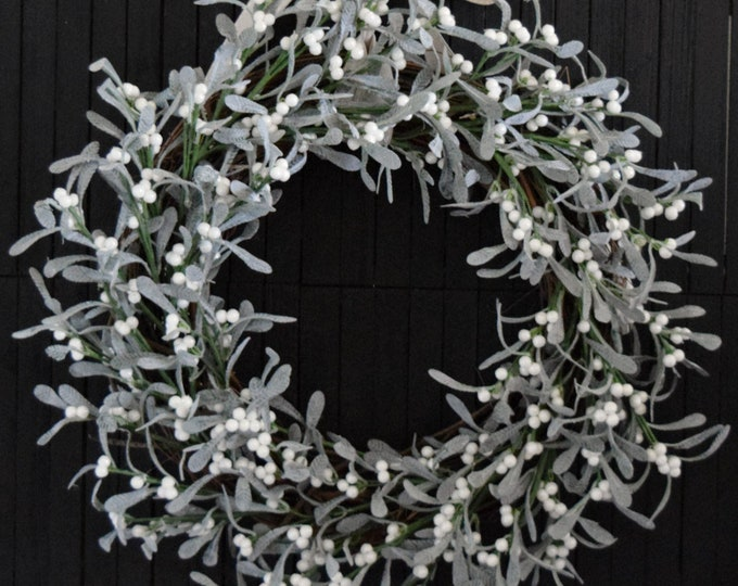 Artificial Mistletoe Christmas Wreath for Front Door - Winter Holiday Wreath - Christmas Decor Gift