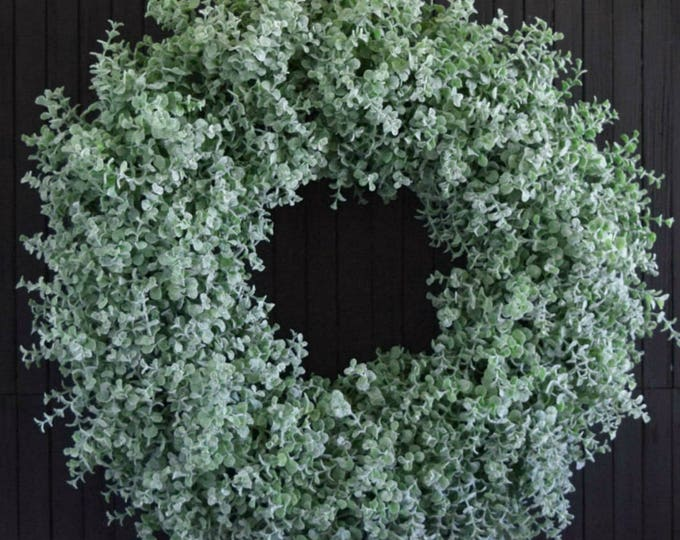 Winter Boxwood Wreath, Christmas Boxwood Wreath, Holiday Wreath for Front Door or Fireplace