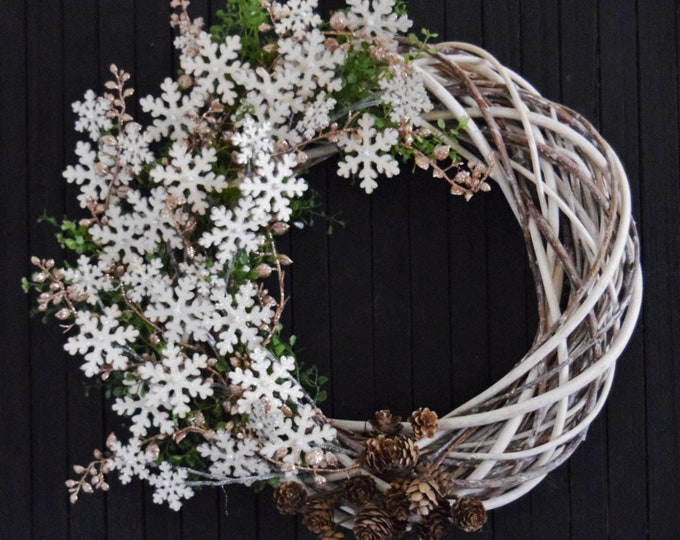Glittering Snowflake Winter Holiday Front Door Wreath