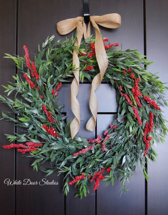 Christmas Greenery.Bay Leaf And Red Berry Christmas Greenery Front Door Or Fireplace Farmhouse Style Wreath