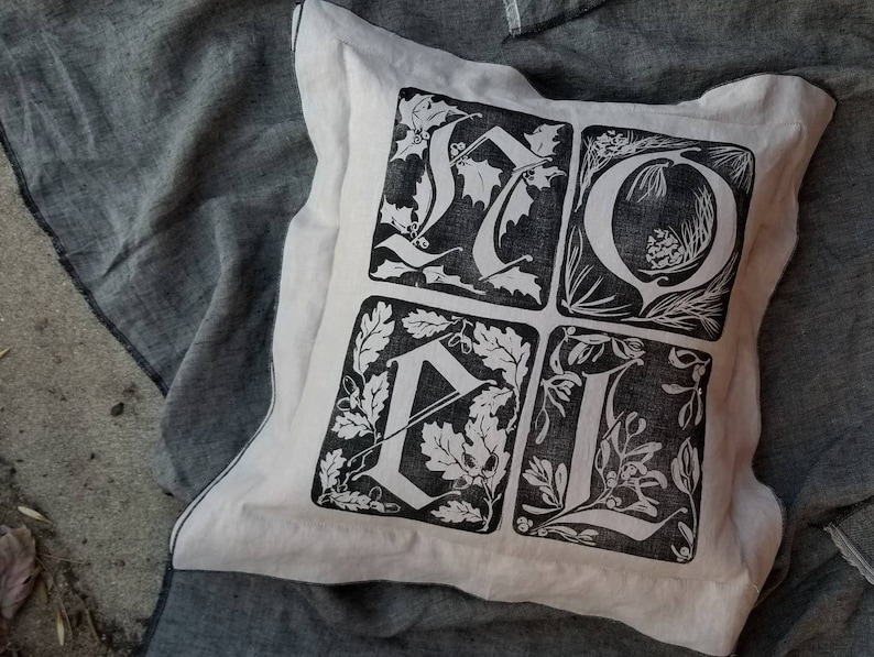 16 square Linen NOEL Throw Pillow. Hand cut block image 0
