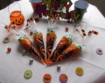 Halloween themed sweet cones set of 5 party favors trick or treat goody bags childrens party favours Halloween gifts