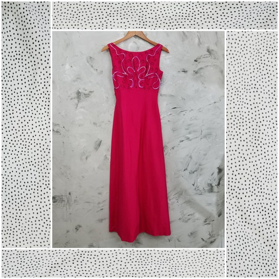 The Union Vintage 60's Fuchsia Pink Beaded Evening