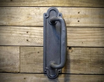 Door Handle – Vintage Door Pull – Cast Iron Barn Door Handle - Rustic Farmhouse Industrial