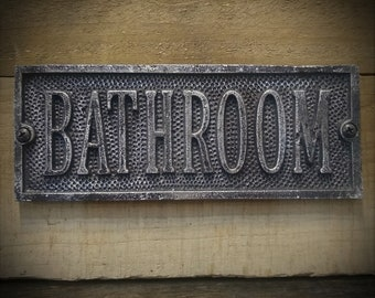 Bathroom Signs - Vintage Style Bathroom Plaque