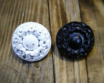 Knobs and Pulls - Round Cast Iron Knobs for Dressers, Drawer and Cabinets, Vintage Farmhouse Decor