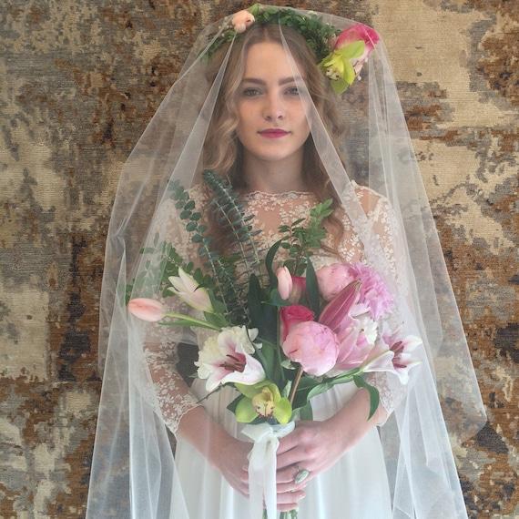 The May wedding dress | HA N D M A D E modern wedding dress