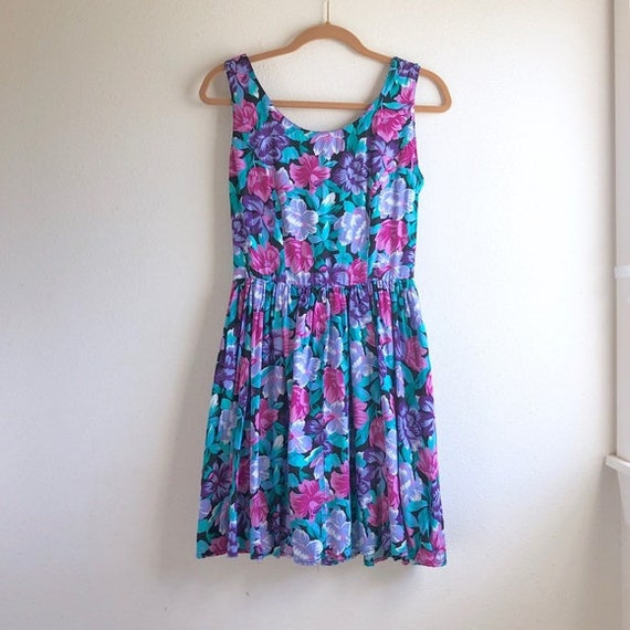 Vintage floral sun dress flared ties in back size