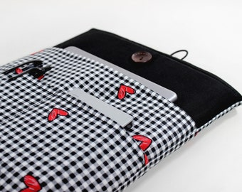 Simple yet durable and unique sleeves and bags  von LOONdesigns