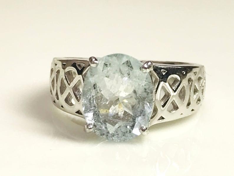 AQUAMARINE UNISEX RING Solitaire Promise Ring Men /& Women Ring Aqua Blue ring March Birthstone Valentine/'s Love Gift.. Celtic knots