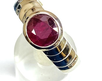Ruby Gemstone Men's Ring, 925 Sterling Silver Ring, July Birthstone Ring, Blood Red gemstone, Unisex ring, Statement Ring .