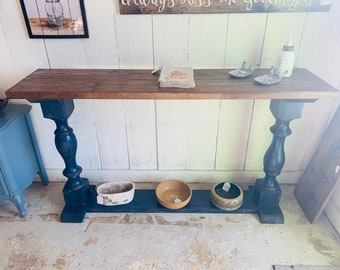 Rustic Farmhouse Entryway Table with shelve and Turned Legs, Royal Blue Distressed Base With Provincial Top, Wooden Sofa Console Table