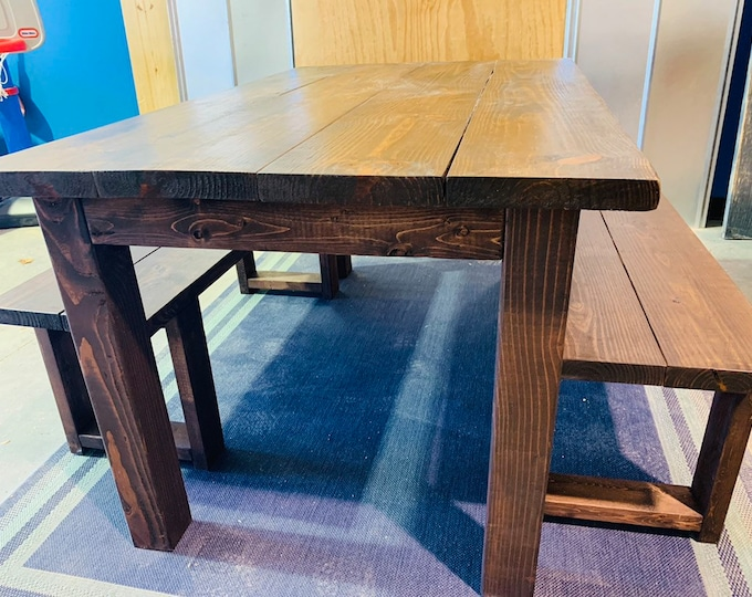 Small Modern Farmhouse Table 5ft with Benches, Honey Brown Stain, Modern Wooden Dining Set, Kitchen Table