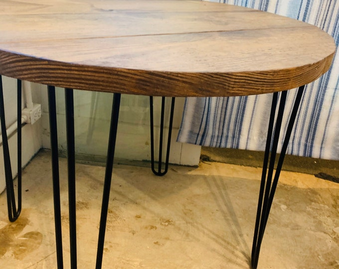 Small Farmhouse Nook Dining Table, Industrial Style, English Chestnut Brown Top and Black Hairpin Legs, Round Dining Table, Kitchen Table