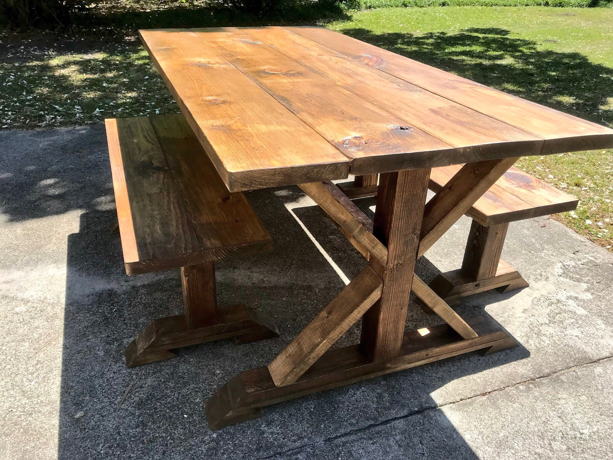 Pleasant Rustic Pedestal Farmhouse Table With Benches Provincial Evergreenethics Interior Chair Design Evergreenethicsorg