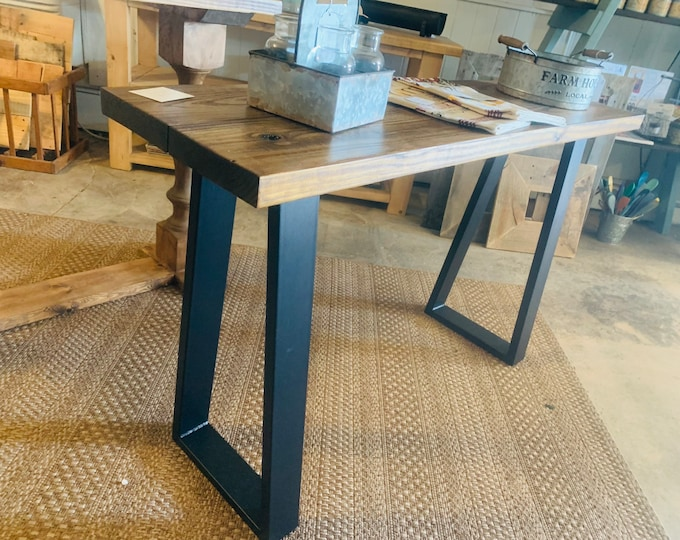 Industrial Farmhouse Entryway Table with Black Steel Legs and Honey Brown Wooden, Modern Console Table Steel Metal Legs