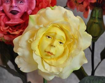 "ALICE IN WONDERLAND TALKING FLOWERS BURTON INSPIRED /""YELLOW ROSE/"" BY SUTHERLAND"