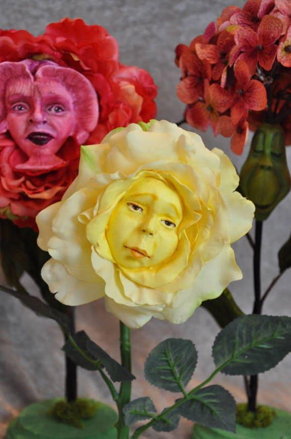 """ALICE IN WONDERLAND TALKING FLOWERS /""""YELLOW SWEET PEAS/"""" BY SUTHERLAND"""