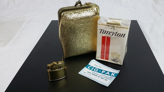 Cigarette Purse With Attached Lighter, Ladys Pride