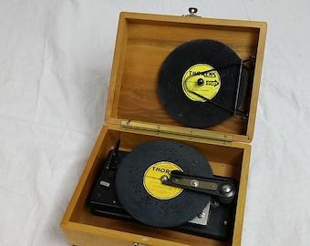 Thoren's AD30 Music Box, Swiss Music Box, Made in Switzerland, 25 Discs, Vintage Music Box