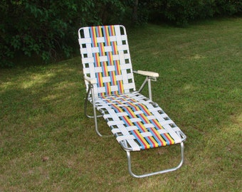 Retro Folding Lawn Chair Blues, Reds, Yellows U0026 Whites In Very Nice Clean  Condition