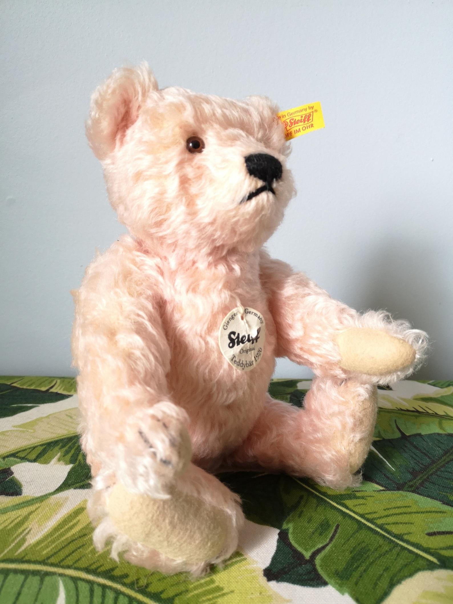 Pink Steiff Teddy Bear Linda 1920 reissue