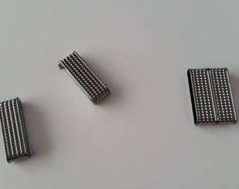 1 gunmetal rectangle magnet clasp 3, 2 x 2. 1 cm